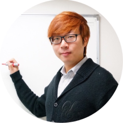 Consultant Ho introduced the system architecture, hosting service and development tool.