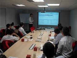 運籌網通郭副總以畫面詳細介紹金雲平台的營運方式與內容士元。